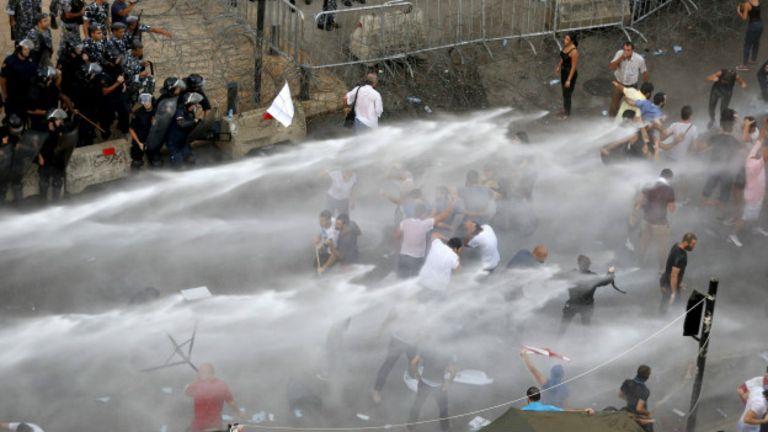 Beyrut Benim Şehrim hareketinin kökleri geçen yazki çöp protestolarına dayanıyor.